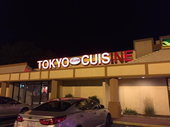 tokyo-asian-fusion-sushi