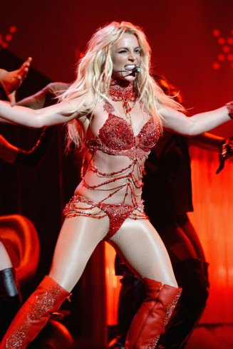 Britney-Spears-Billboard-Awards-Performance-Pictures-2016