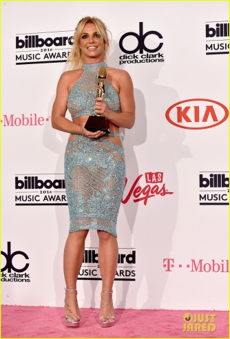 britney-spears-family-shows-support-billboard-music-awards-2016-05