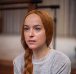 dakota-johnson-suspiria-movie-photos-2018-3.jpg