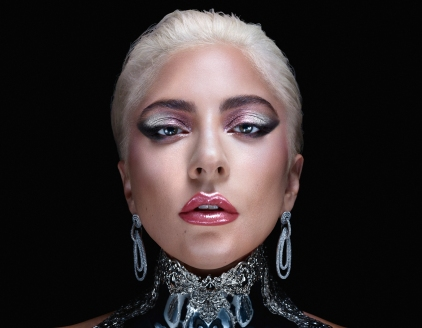 Lady-Gagas-Haus-Laboratories-Makeup-1.jpg